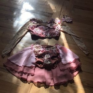 Beautiful Girls 3 piece dance costume 💖